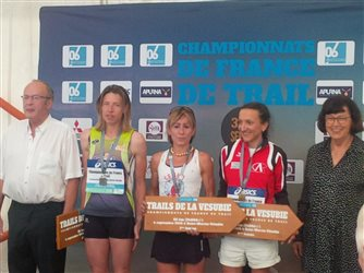 CHampionnat de France de Trail Long: Adeline sur le Podium